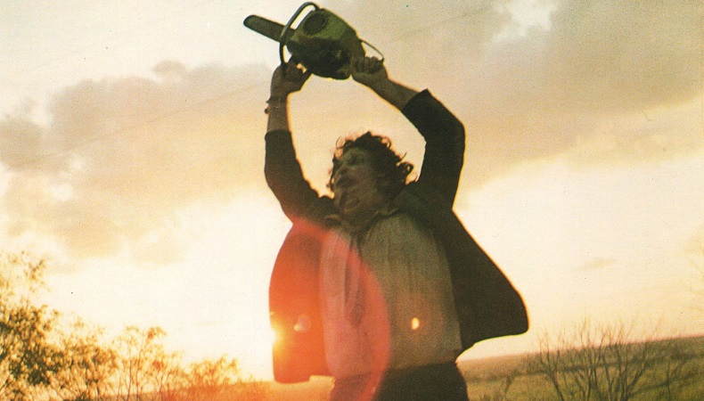 Ακόμα και τα αστεία στιγμιότυπα από τα γυρίσματα του Texas Chainsaw Massacre μοιάζουν διεστραμμένα - Roxx.gr