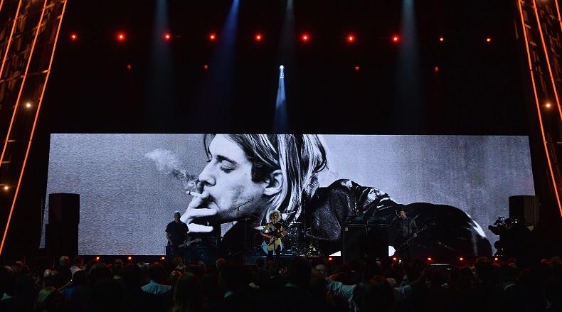 Nirvana και Kiss μπήκαν στο Rock n Roll Hall of Fame - Roxx.gr