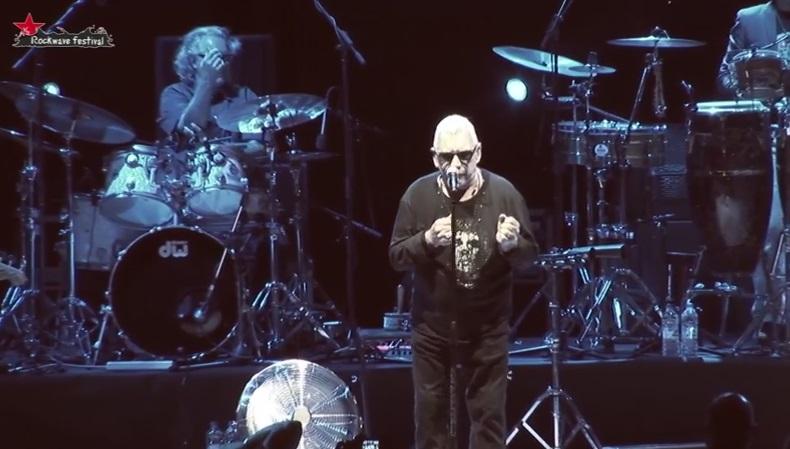 Δείτε πλάνα από την εμφάνιση του Eric Burdon στο Rockwave - Roxx.gr