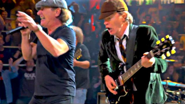 Βόμβα: Οι AC/DC στο στούντιο με τον Brian Johnson - Roxx.gr