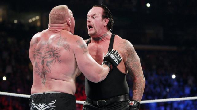 Επέστρεψε ο Undertaker! - Roxx.gr