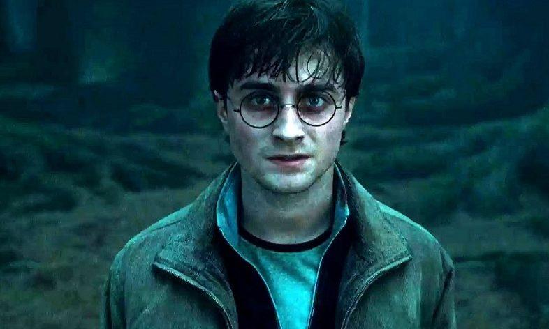 O Harry Potter κάνει διακοπές στη Μεσσηνία! - Roxx.gr