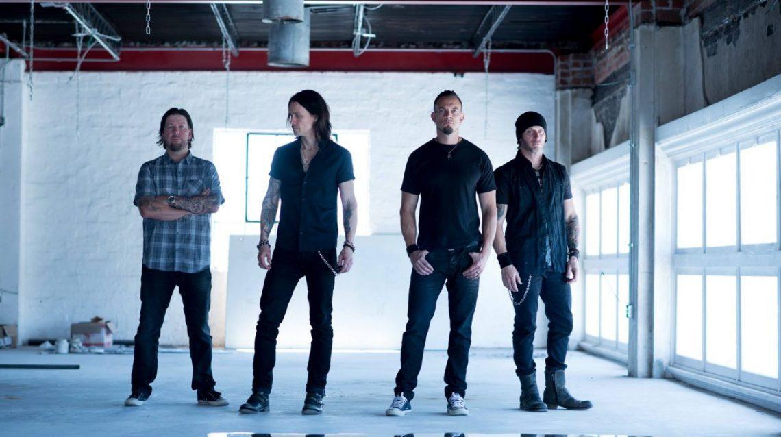 Οι Alter Bridge αφιέρωσαν το Blackbird στη μνήμη του Chris Cornell - Roxx.gr