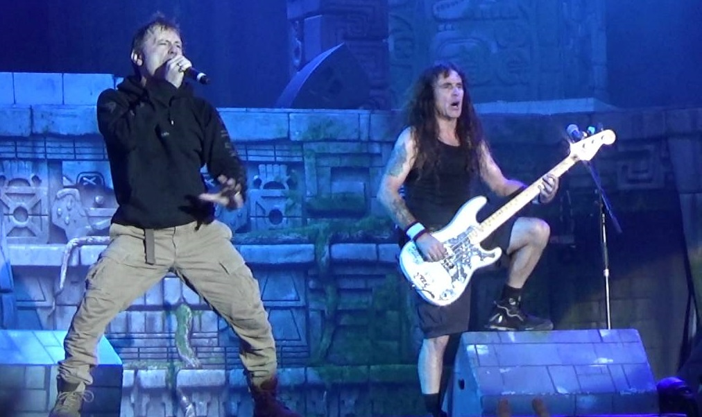 Δείτε 4 επαγγελματικά βίντεο από την σαρωτική εμφάνιση των Iron Maiden στο Download - Roxx.gr