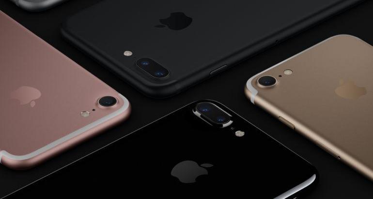 10 πράγματα που μπορείτε να κάνετε σε αφθονία με τα λεφτά που κοστίζει το νέο iPhone - Roxx.gr