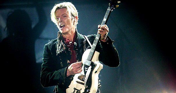 Ακούστε ένα καταπληκτικό ακυκλοφόρητο τραγούδι του David Bowie - Roxx.gr