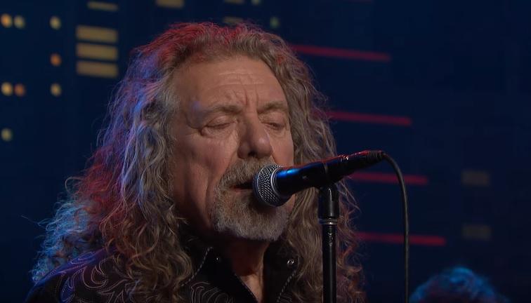 Ανατριχίλες με τον Robert Plant να τραγουδάει Led Zeppelin - Roxx.gr