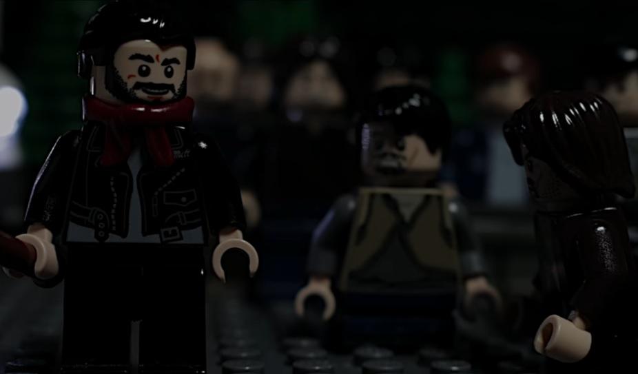 Ολόκληρη η σκηνή με τους θανάτους στο Walking Dead σε lego! - Roxx.gr