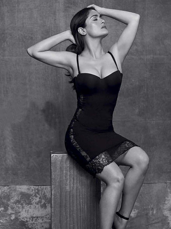 salma_hayek_super_hot_for_gq_mexico_04-6c4ebb35_web