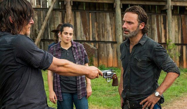 Στο φετινό φινάλε του Walking Dead ο Ρικ υπόσχεται ότι θα πανηγυρίσουμε - Roxx.gr