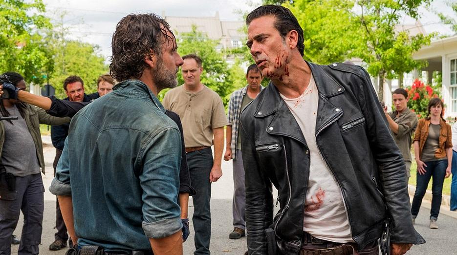 Σοκαριστική πτώση στα νούμερα του Walking Dead - Roxx.gr