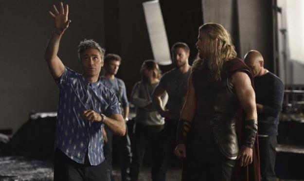 Αυτή είναι η επίσημη πλοκή του Thor: Ragnarok που εξηγεί και την απουσία του από το Civil War - Roxx.gr