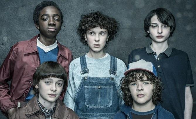 Σαν σίκουελ ταινίας προσέγγισαν τη 2η σεζόν οι δημιουργοί του Stranger Things - Roxx.gr