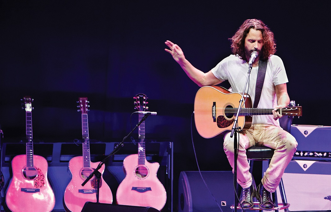 Η συγκλονιστική ερμηνεία του Chris Cornell στο I Will Always Love You - Roxx.gr