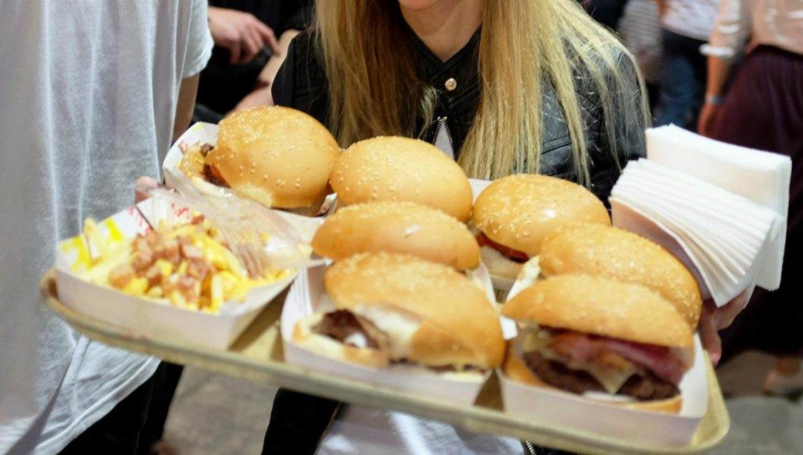 Burger Fest '17: Τι σου προσφέρει το εισιτήριο - Roxx.gr
