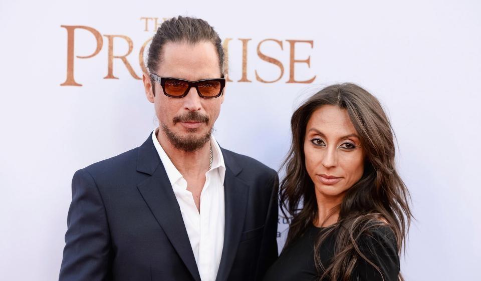 Η γυναίκα του Chris Cornell δεν πιστεύει ότι ήταν ηθελημένη αυτοκτονία ο τραγικός θάνατος του - Roxx.gr