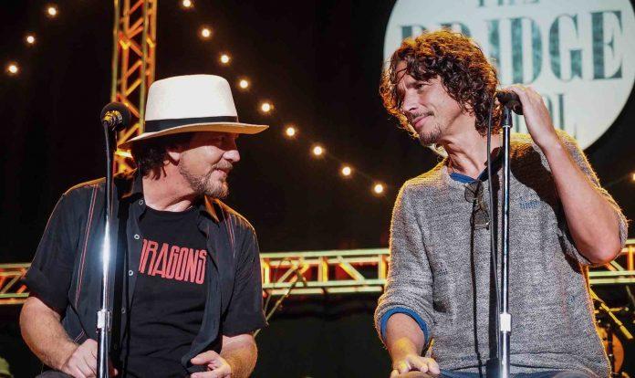 Τρομερό κράξιμο της ελληνίδας πεθεράς του Chris Cornell στον Eddie Vedder των Pearl Jam - Roxx.gr