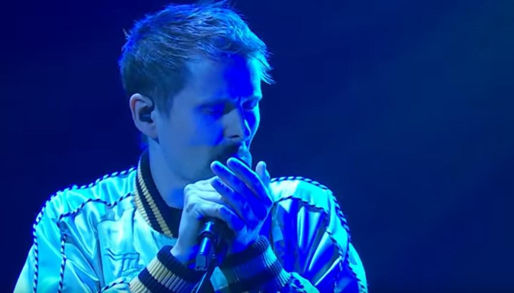 Οι Muse έπαιξαν ζωντανά το νέο τους τραγούδι - Roxx.gr