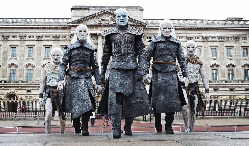 Οι White Walkers του Game of Thrones έκαναν «ντου» στο Λονδίνο! - Roxx.gr