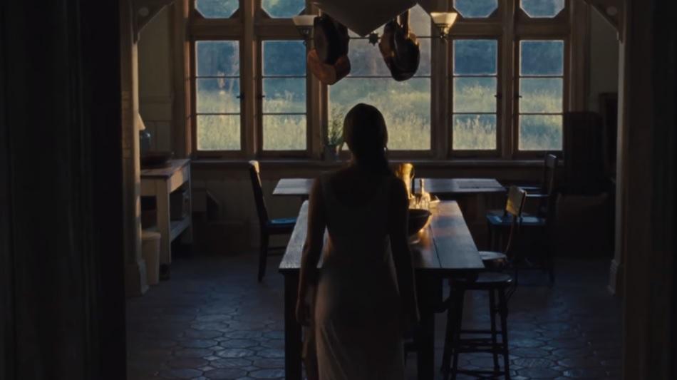 Τι ψάχνει η Τζένιφερ Λόρενς στο πρώτο teaser του Mother; - Roxx.gr