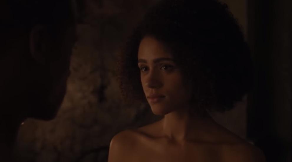 Η Μισάντεϊ ολόγυμνη στο 2ο επεισόδιο του Game of Thrones - Roxx.gr