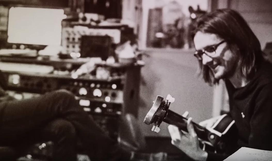 Ακούστε ίσως το καλύτερο από τα νέα τραγούδια του Steven Wilson - Roxx.gr