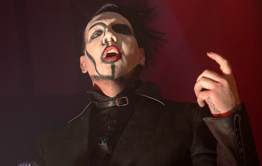 Στο νοσοκομείο ο Marilyn Manson – Τον πλάκωσε μέρος της σκηνής σε συναυλία - Roxx.gr