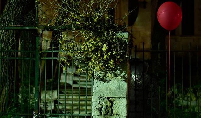 Κόκκινα μπαλόνια του Pennywise έκαναν την εμφάνιση τους στην Τρίπολη! - Roxx.gr