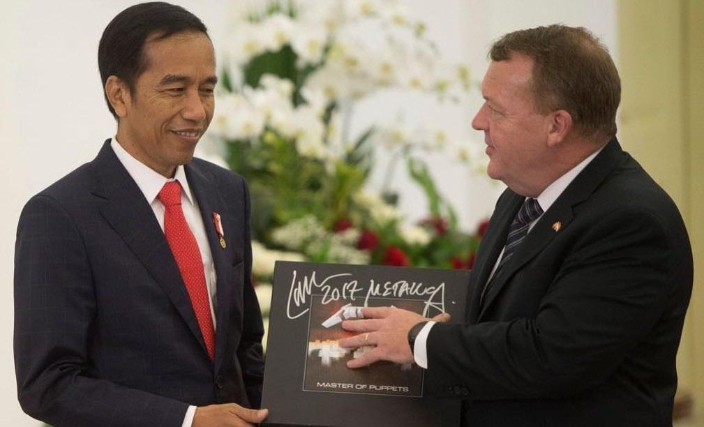 O πρόεδρος της Ινδονησίας μπορεί να αναγκαστεί να επιστρέψει το box set του Master of Puppets - Roxx.gr