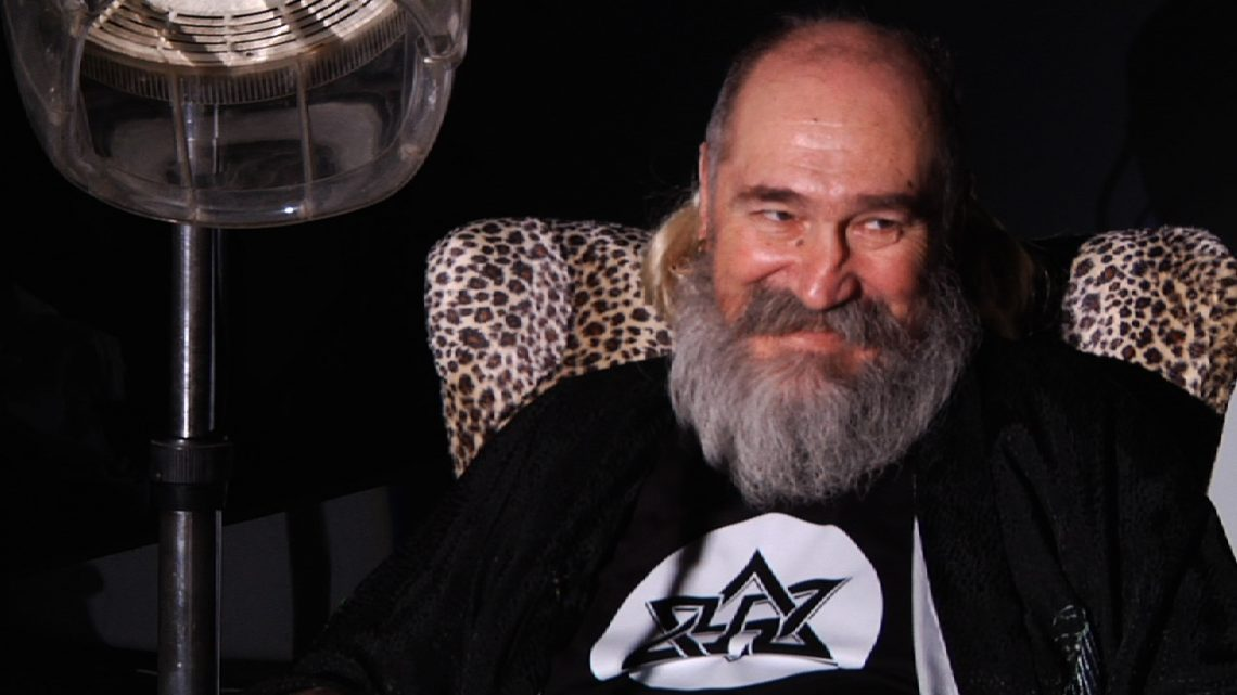 Ανακοπή καρδιάς έπαθε ο ο Τζίμης Πανούσης – Κατέρρευσε στη σκηνή του Κυττάρου - Roxx.gr