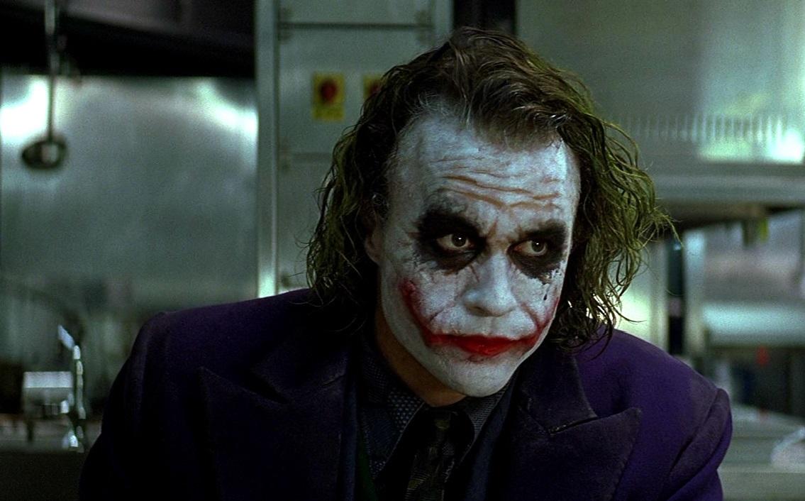 Είναι βέβαιος ο θάνατος από το «μαγικό» κόλπο του Joker στο Dark Knight; - Roxx.gr