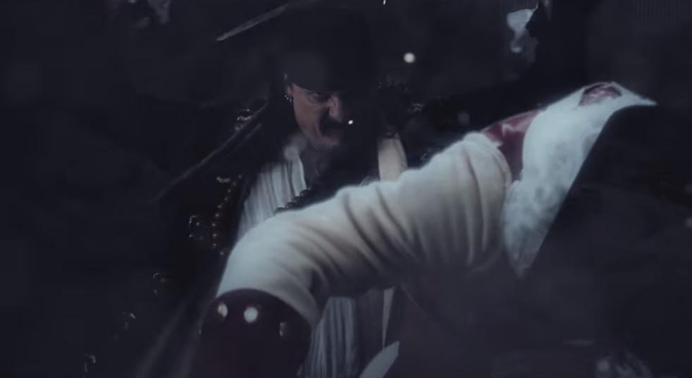 Χαμός πάνω σε πλοίο στο νέο βίντεο των Iced Earth - Roxx.gr