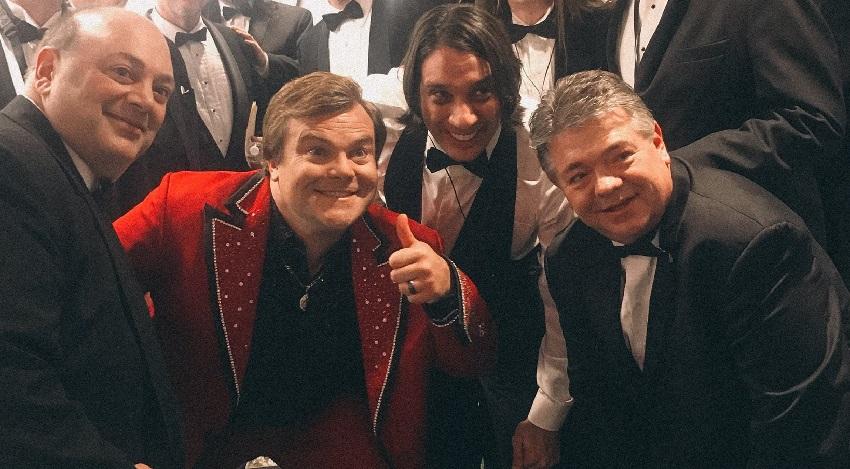 Έδωσε ρέστα ο Jack Black με πόλκα στην εκπομπή του Stephen Colbert - Roxx.gr