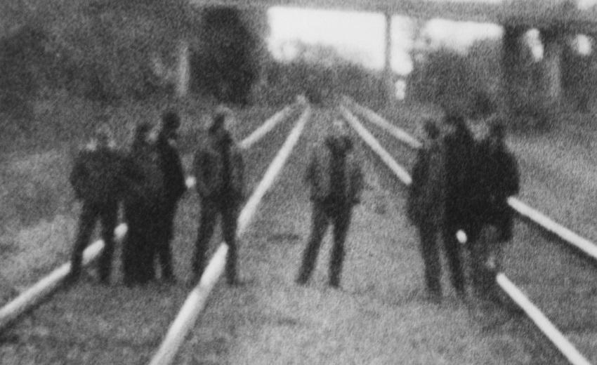 Σε μεγαλύτερο χώρο μεταφέρθηκε η συναυλία των Godspeed You! Black Emperor - Roxx.gr