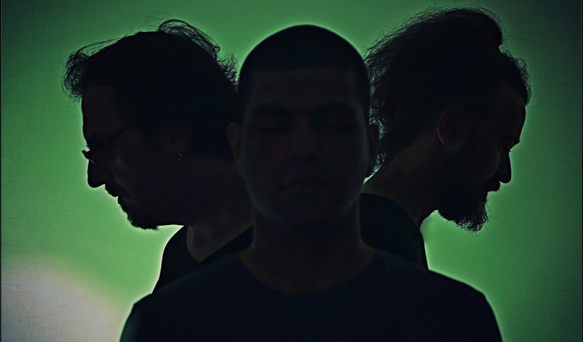 Fool in the Box: «Έχουμε εξελιχθεί και ηχητικά και μουσικά» - Roxx.gr