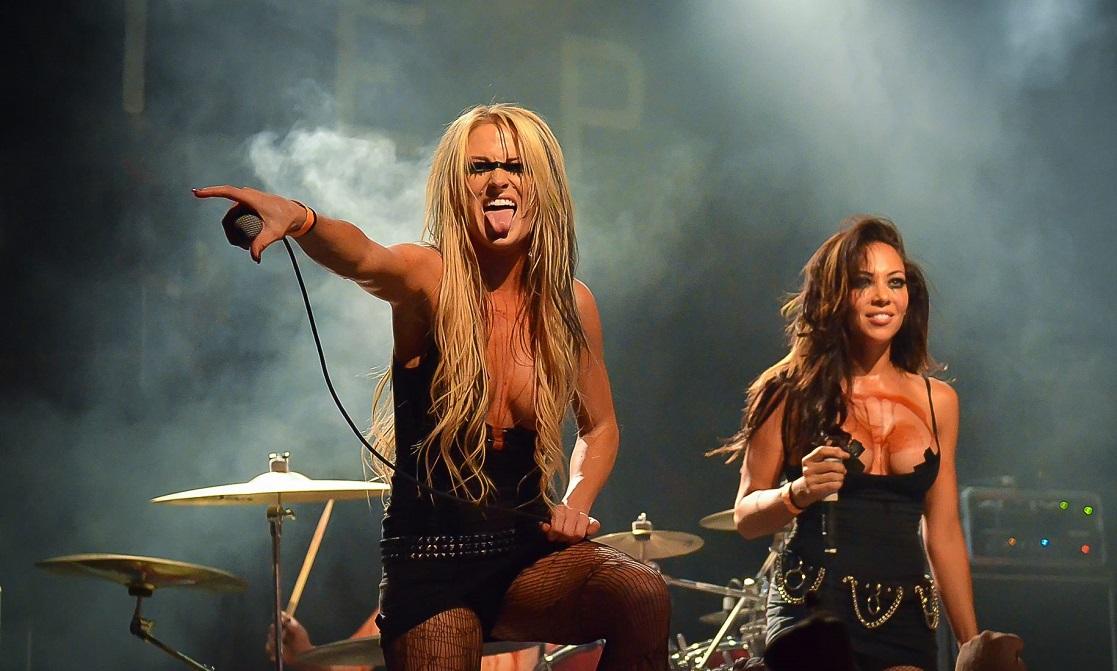 Ζουν περισσότερο αυτοί που πηγαίνουν σε πολλές συναυλίες - Roxx.gr