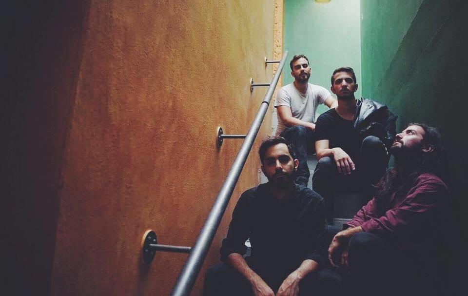 Οι Deaf Radio είναι η μπάντα που «συμβαίνει τώρα» - Roxx.gr
