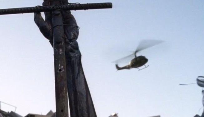 To ελικόπτερο στο Walking Dead ίσως δείχνει μία μεγάλη αλλαγή σε σχέση με το κόμικ - Roxx.gr