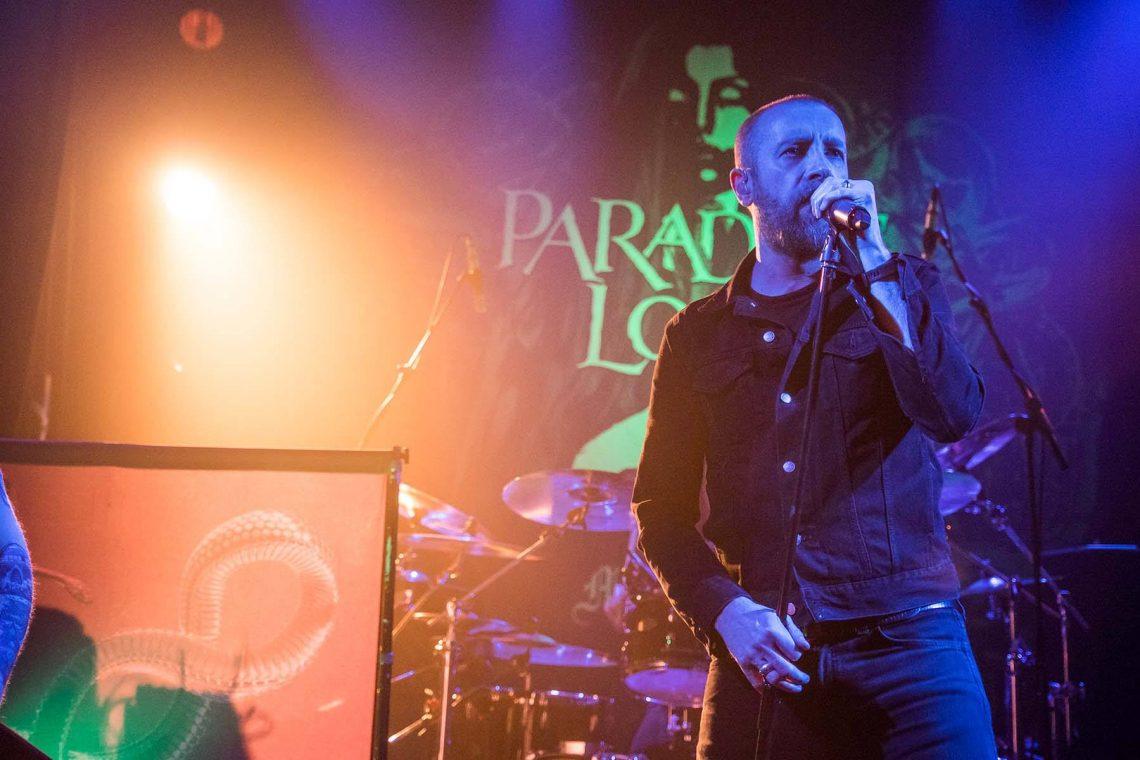 Οι Paradise Lost επιστρέφουν στην Ελλάδα για… χριστουγεννιάτικο πάρτι! - Roxx.gr