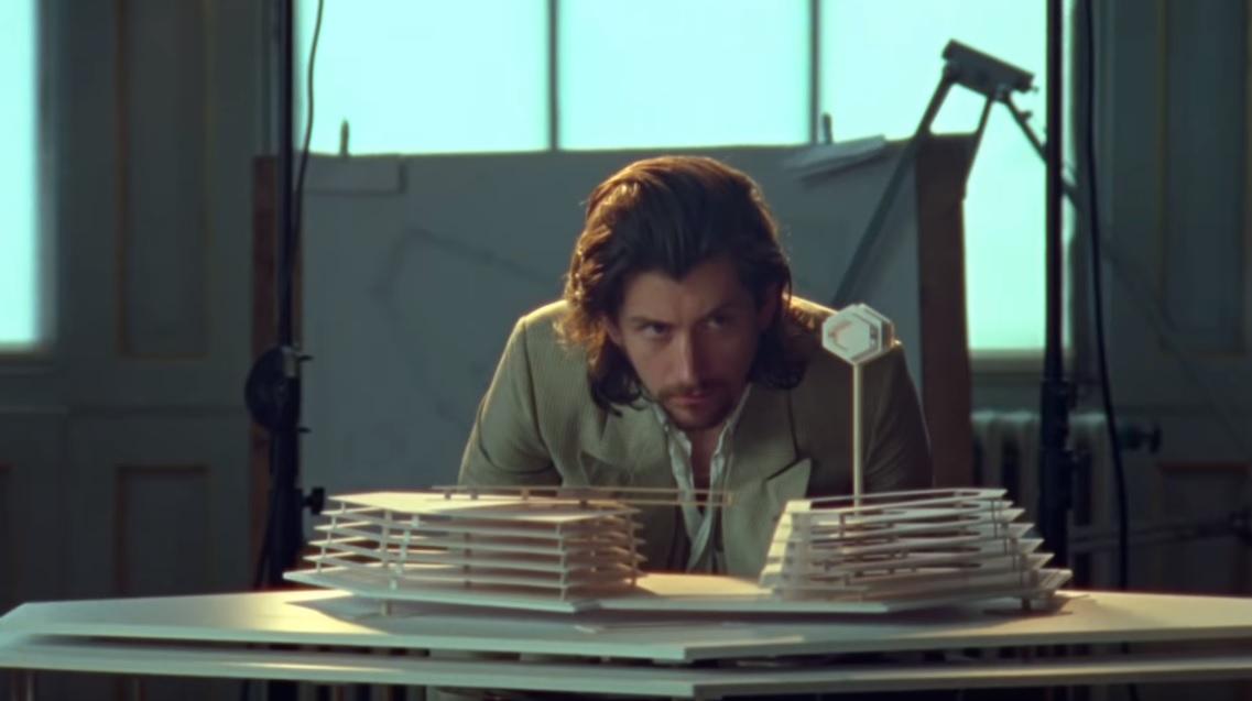 Αυτό είναι το πρώτο βίντεο των Arctic Monkeys για το νέο τους άλμπουμ - Roxx.gr