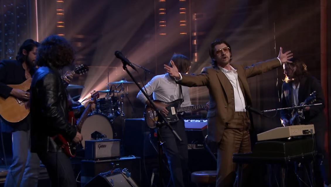 Oι Arctic Monkeys στο TRNSMT festival τρεις μέρες πριν ανέβουν στη σκηνή του TerraVibe Park! - Roxx.gr