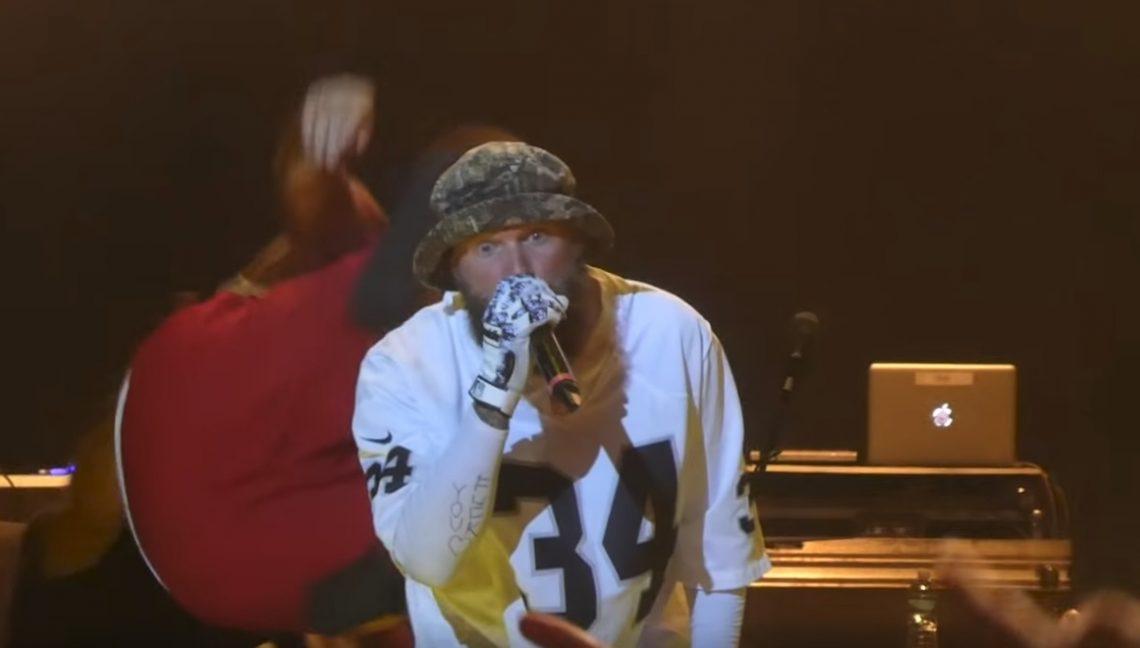 Μέλος των Insane Clown Posse πήγε να ρίξει τον Fred Durst των Limp Bizkit από τη σκηνή! - Roxx.gr