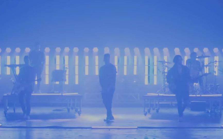 Με δύο νέα τραγούδια επέστρεψαν οι Papa Roach - Roxx.gr