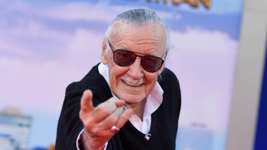 Έφυγε από τη ζωή στα 95 του ο Stan Lee - Roxx.gr
