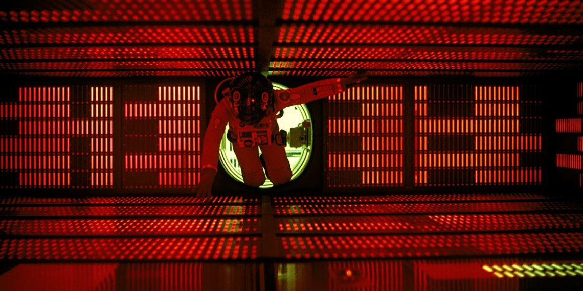 Έφυγε από τη ζωή η θρυλική φωνή του «2001: A Space Odyssey» - Roxx.gr