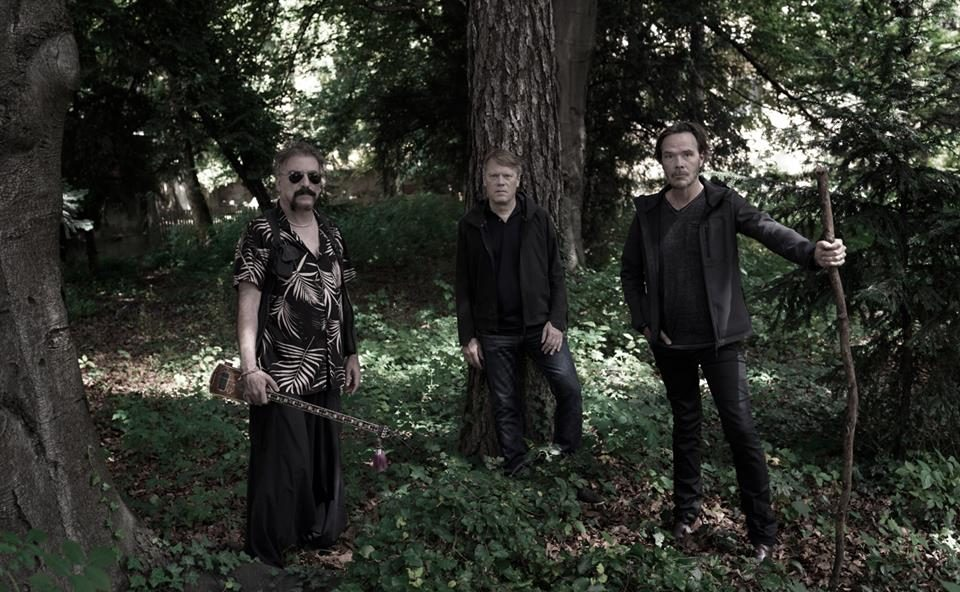 Οι DirtMusic για πρώτη φορά στην Ελλάδα! - Roxx.gr
