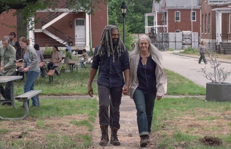 Οι πρώτες εικόνες από το χρονικό άλμα του Walking Dead που θα μας μεταφέρει έξι χρόνια μετά! - Roxx.gr