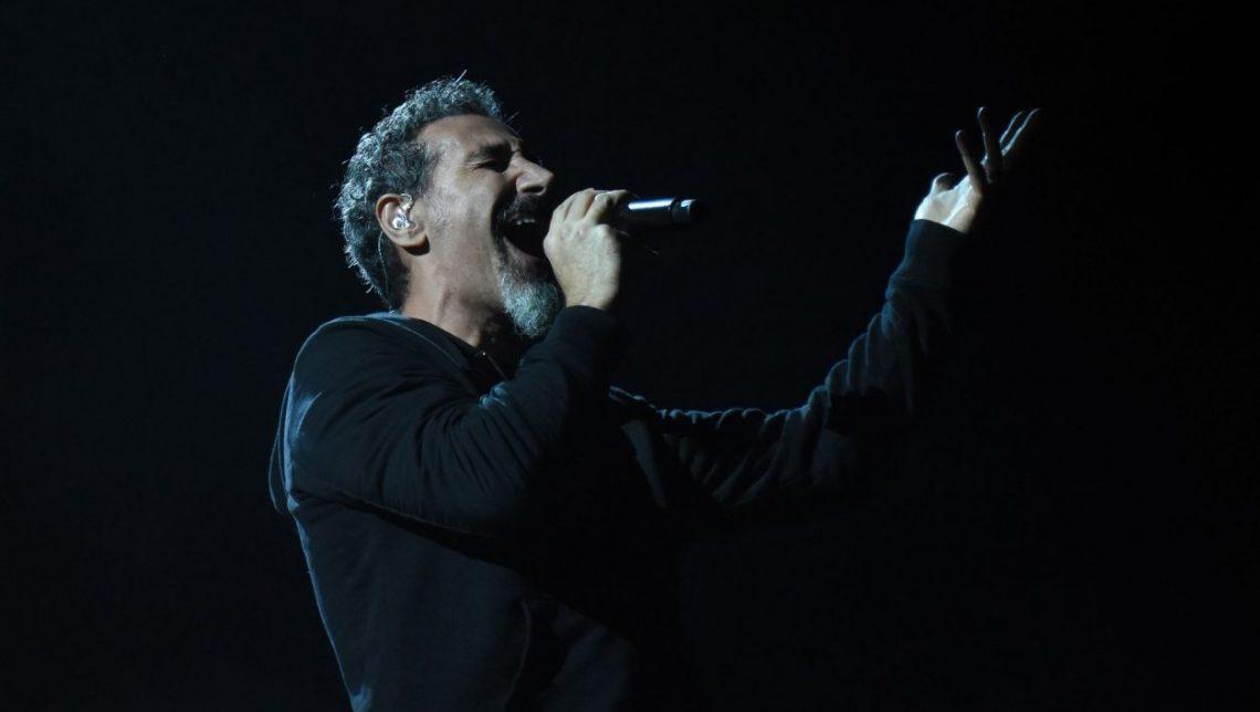Τραγούδια που είχε για τους System of a Down θα κυκλοφορήσει μόνος του ο Serj Tankian - Roxx.gr
