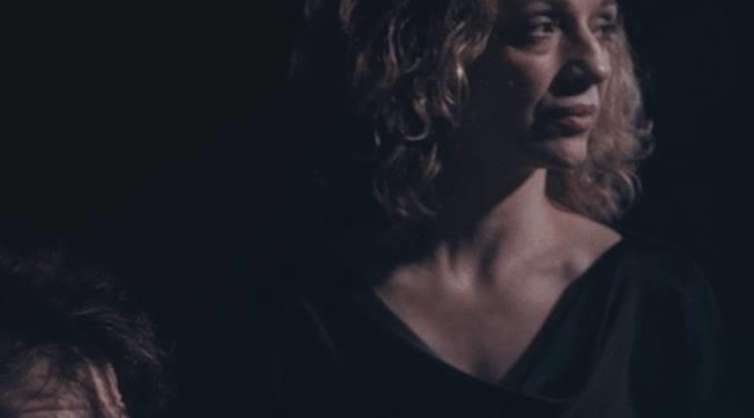Αυτό είναι το πρώτο single από το νέο άλμπουμ των Mother of Millions - Roxx.gr