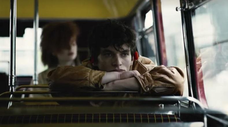Υπάρχουν σκηνές στο νέο επεισόδιο του Black Mirror που δεν θα καταφέρουμε να δούμε ποτέ! - Roxx.gr
